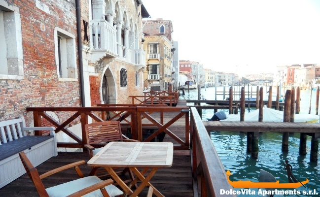 Grand canal apartment in venice with terrace for Terrace in apartment