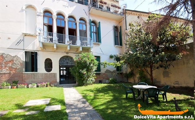 Venice Apartment Rental in Italy • VeniceApartmentsItaly ...