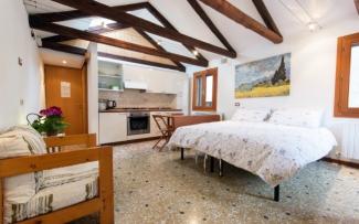 Venice Apartment N.137