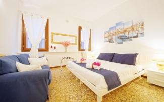 Venice Apartment N.164