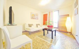 Venice Apartment N.175