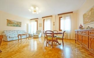 Venice Apartment N.296