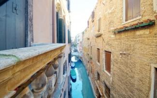 Venice Apartment N.300