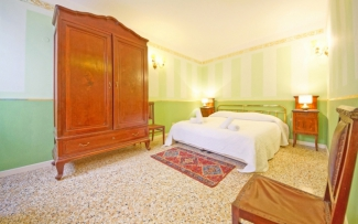 Venice Apartment N.324