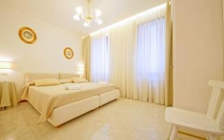 Venice Apartment N.353