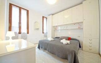 Venice Apartment N.354