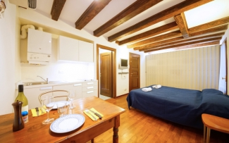 Venice Apartment N.357
