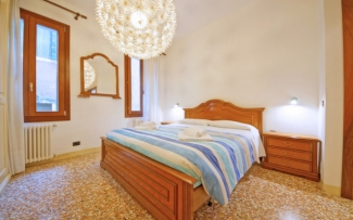 Venice Apartment N.402