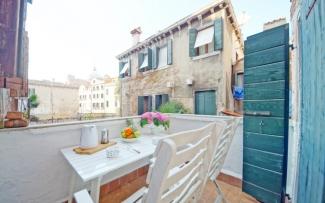 Venice Apartment N.408