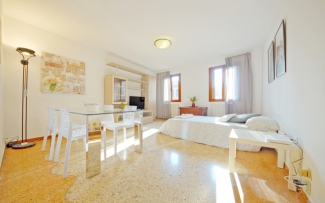 Venice Apartment N.97