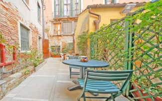 Venice Apartment N.130