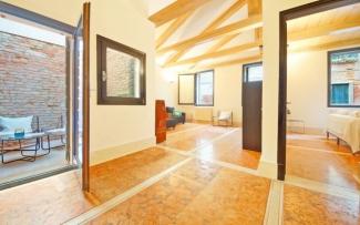 Venice Apartment N.181