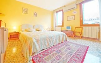 Venice Apartment N.218