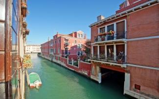 Venice Apartment N.220