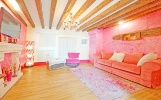 Venice Apartment N.239