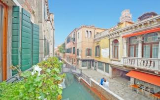 Venice Apartment N.289