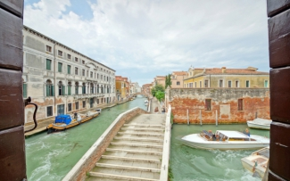 Venice Apartment N.334