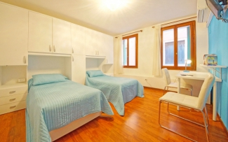 Venice Apartment N.382