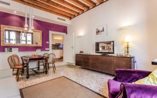 Venice Apartment N.401