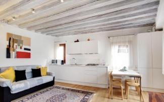 Venice Apartment N.416