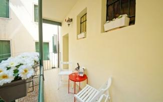 Venice Apartment N.428
