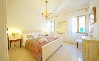 Venice Apartment N.432