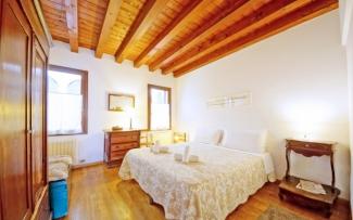 Venice Apartment N.454