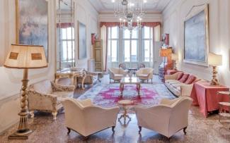 Venice Apartment N.455