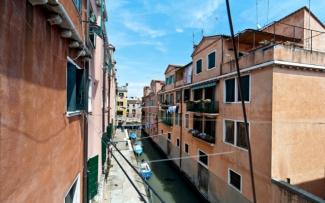 Venice Apartment N.473
