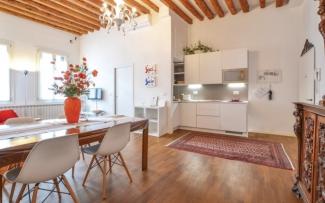 Venice Apartment N.474